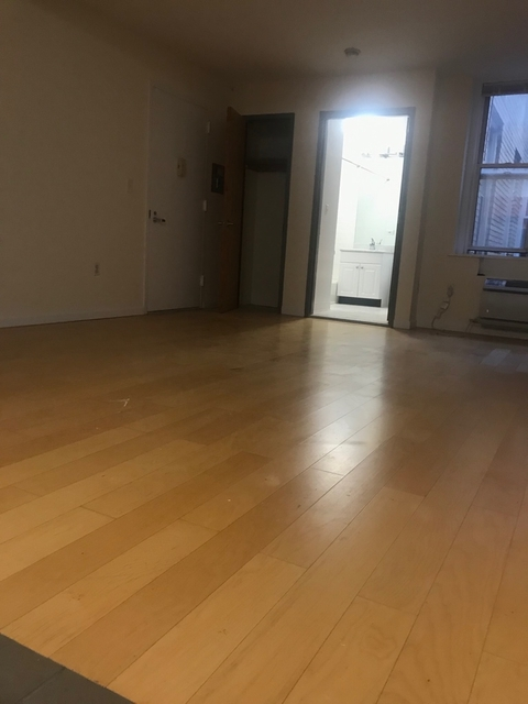 Studio, East Village Rental in NYC for $2,595 - Photo 2