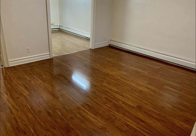 3 Bedrooms, Borough Park Rental in NYC for $2,500 - Photo 2