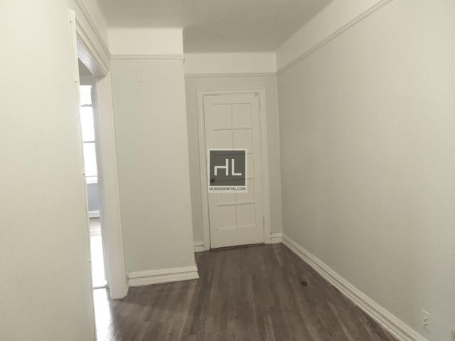 Studio, Astoria Rental in NYC for $1,825 - Photo 2