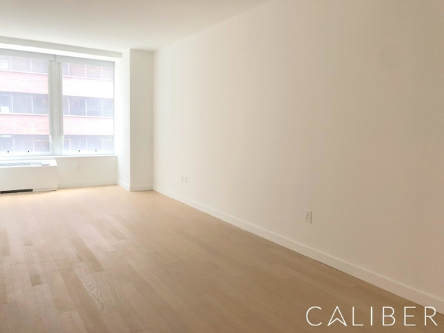 Studio, Financial District Rental in NYC for $6,350 - Photo 2