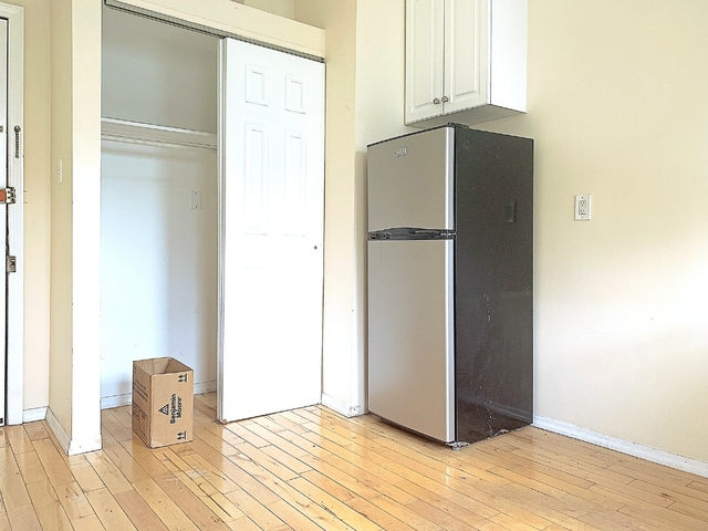 Studio, Hell's Kitchen Rental in NYC for $1,675 - Photo 2