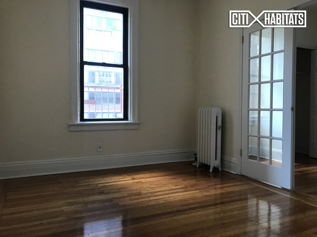 3 Bedrooms, Rose Hill Rental in NYC for $4,825 - Photo 2