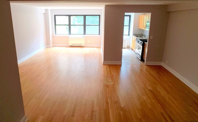 2 Bedrooms, Turtle Bay Rental in NYC for $3,455 - Photo 1