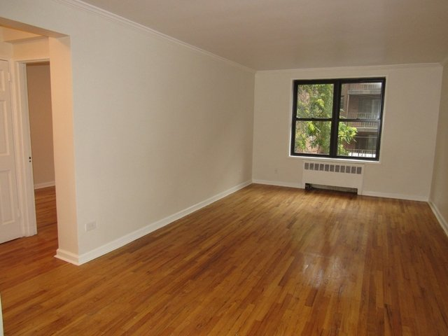 1 Bedroom, Downtown Flushing Rental in NYC for $1,950 - Photo 1