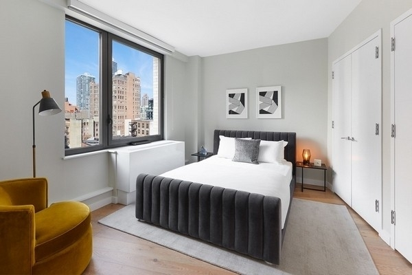 2 Bedrooms, Hell's Kitchen Rental in NYC for $6,917 - Photo 1