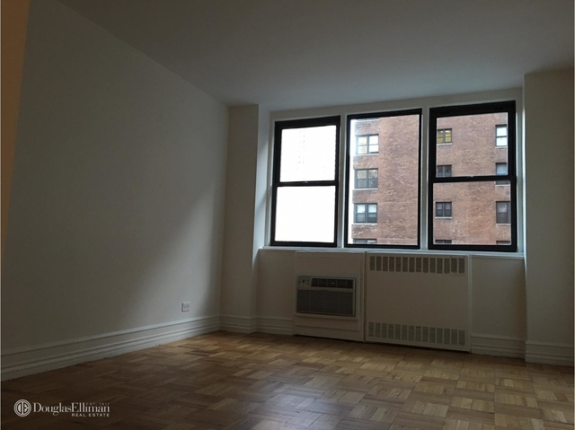 1 Bedroom, Upper East Side Rental in NYC for $4,445 - Photo 2