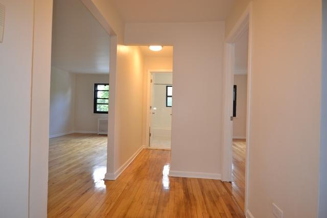 1 Bedroom, Kew Gardens Hills Rental in NYC for $1,850 - Photo 2