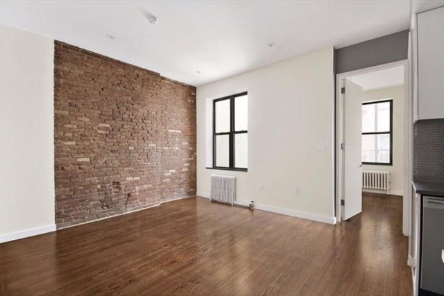3 Bedrooms, Two Bridges Rental in NYC for $4,500 - Photo 2