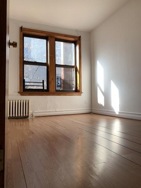 2 Bedrooms, Flatlands Rental in NYC for $1,895 - Photo 2