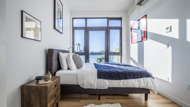 1 Bedroom, Greenpoint Rental in NYC for $3,599 - Photo 2