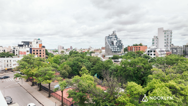 4 Bedrooms, Williamsburg Rental in NYC for $8,100 - Photo 2