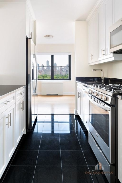 2 Bedrooms, Lincoln Square Rental in NYC for $6,800 - Photo 1