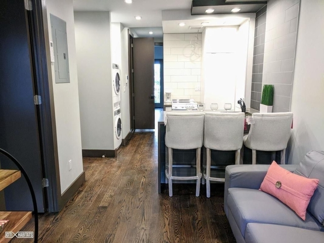 3 Bedrooms, Alphabet City Rental in NYC for $6,000 - Photo 1