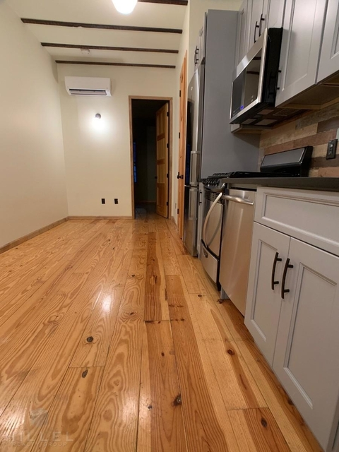 4 Bedrooms, Bushwick Rental in NYC for $4,300 - Photo 2