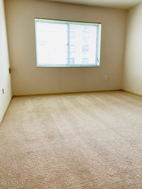 1 Bedroom, South Corona Rental in NYC for $1,826 - Photo 1