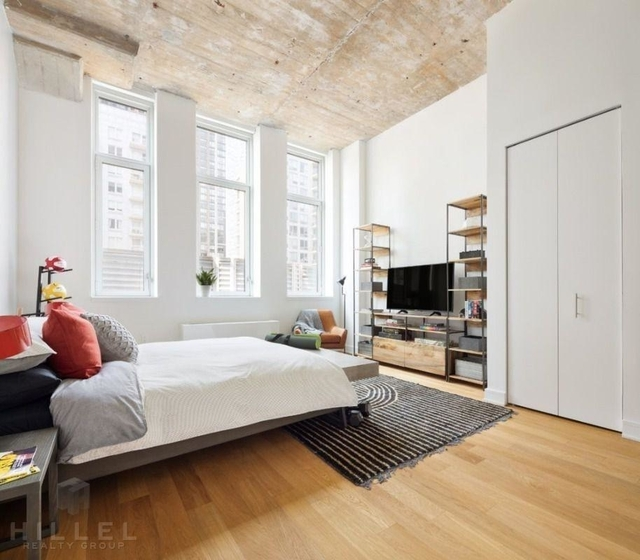 2 Bedrooms, Long Island City Rental in NYC for $4,611 - Photo 1