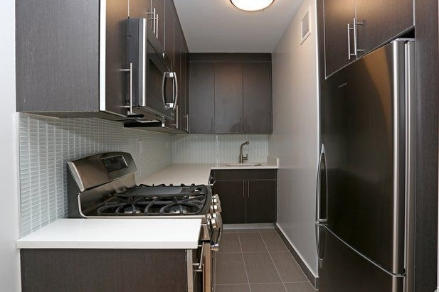 1 Bedroom, Hell's Kitchen Rental in NYC for $3,696 - Photo 2