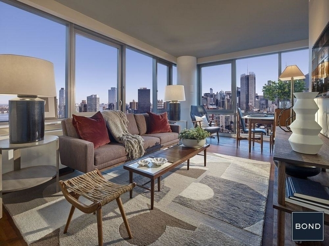 3 Bedrooms, Chelsea Rental in NYC for $12,835 - Photo 1