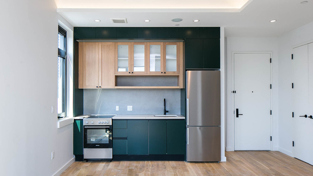 1 Bedroom, Greenpoint Rental in NYC for $3,649 - Photo 1