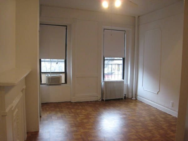 2 Bedrooms, Hell's Kitchen Rental in NYC for $3,499 - Photo 1