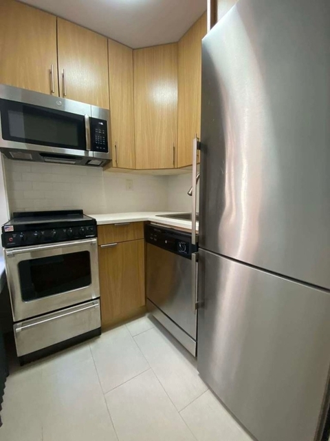 Studio, Upper West Side Rental in NYC for $1,742 - Photo 2