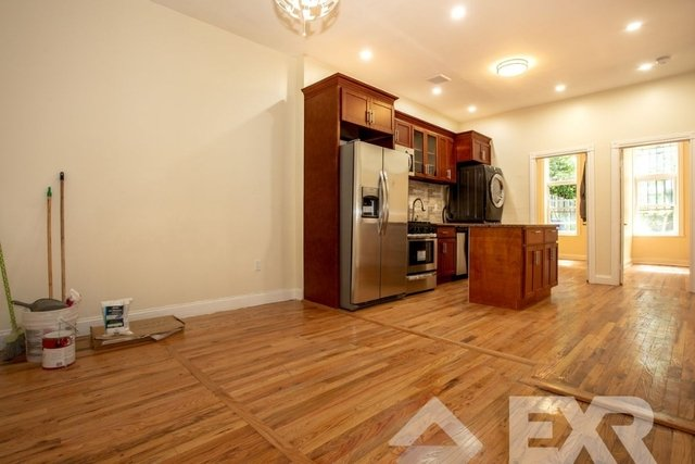3 Bedrooms, Bedford-Stuyvesant Rental in NYC for $875 - Photo 1