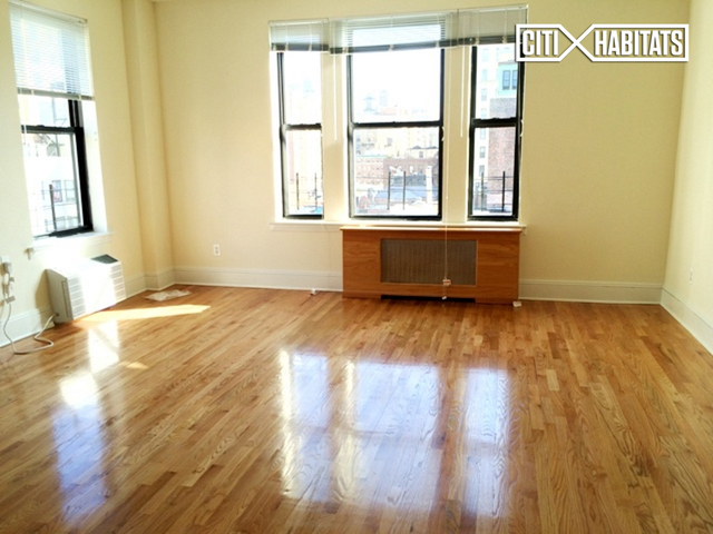 3 Bedrooms, Upper West Side Rental in NYC for $5,995 - Photo 1