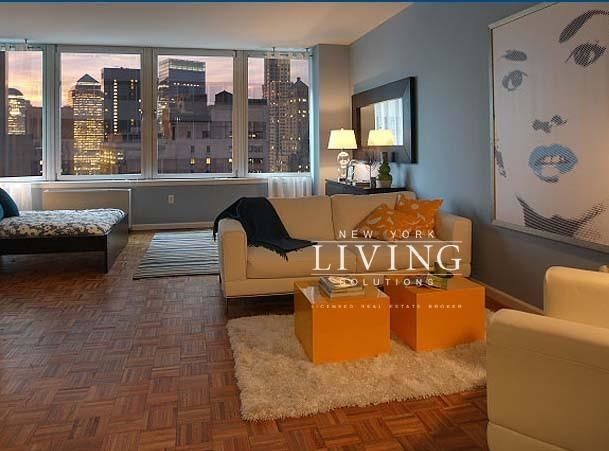 Studio, Financial District Rental in NYC for $3,475 - Photo 1