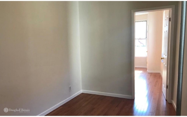 2 Bedrooms, Greenpoint Rental in NYC for $2,100 - Photo 2