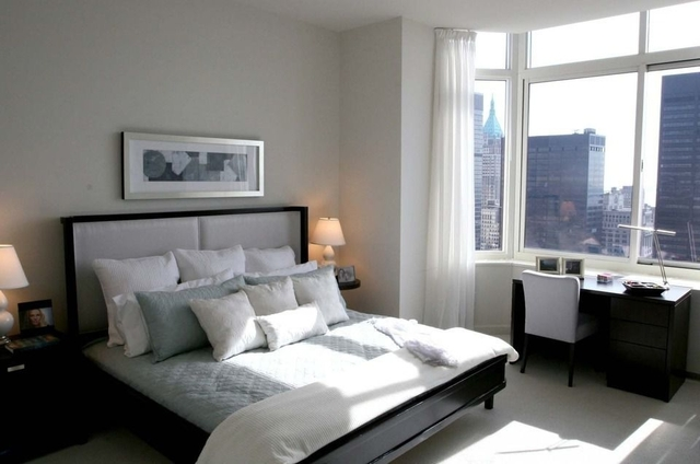 2 Bedrooms, Tribeca Rental in NYC for $5,882 - Photo 2