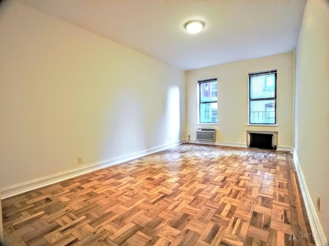 Studio, Lincoln Square Rental in NYC for $2,450 - Photo 2