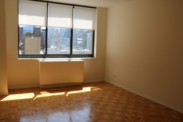 2 Bedrooms, East Flatbush Rental in NYC for $4,385 - Photo 2