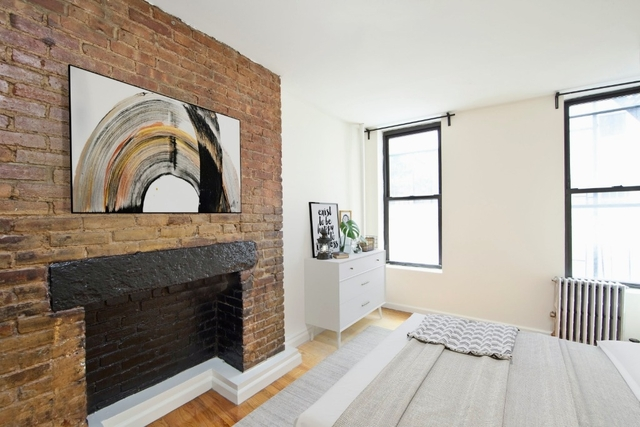 3 Bedrooms, Little Italy Rental in NYC for $4,600 - Photo 2