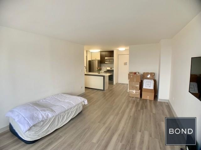 1 Bedroom, Roosevelt Island Rental in NYC for $2,895 - Photo 2