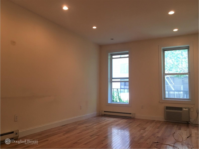 Studio, Hell's Kitchen Rental in NYC for $2,070 - Photo 1