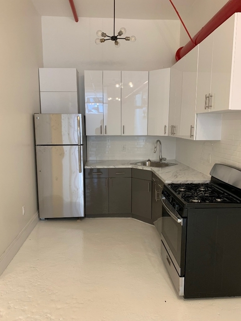 2 Bedrooms, Bushwick Rental in NYC for $2,950 - Photo 2