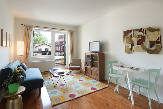 3 Bedrooms, Windsor Terrace Rental in NYC for $5,440 - Photo 2