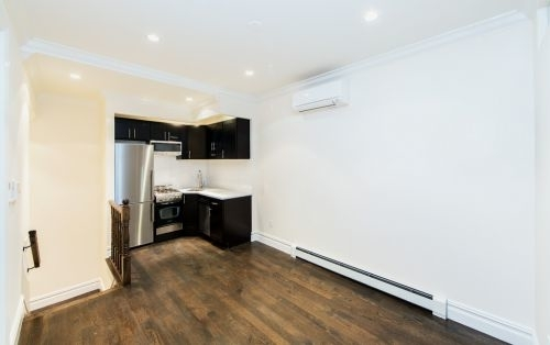 2 Bedrooms, Chelsea Rental in NYC for $4,853 - Photo 2
