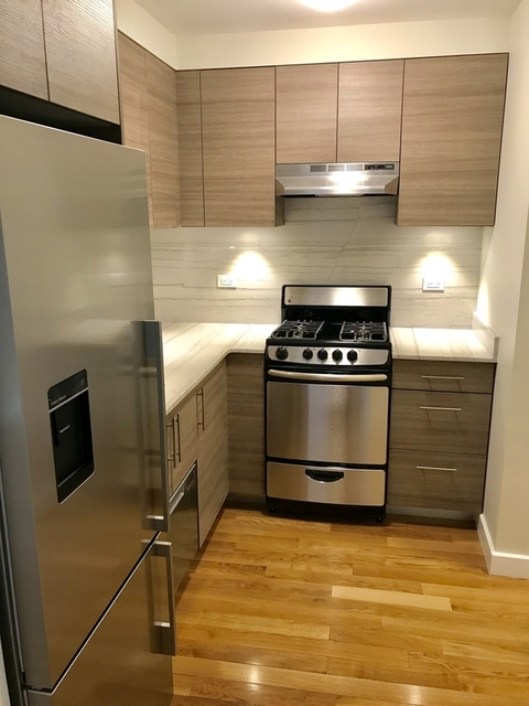 Studio, Sutton Place Rental in NYC for $2,911 - Photo 2