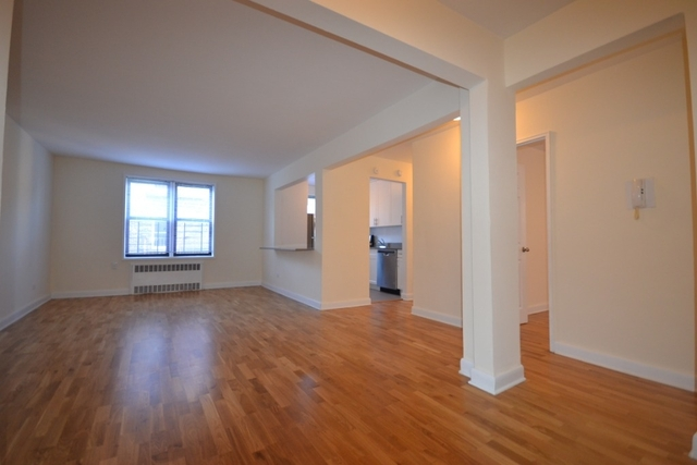 2 Bedrooms, Rego Park Rental in NYC for $2,409 - Photo 1