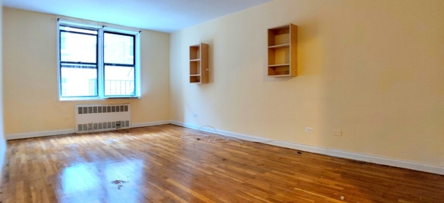 1 Bedroom, Jackson Heights Rental in NYC for $1,735 - Photo 1