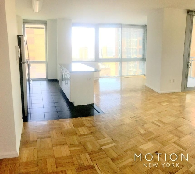 3 Bedrooms, Hell's Kitchen Rental in NYC for $5,455 - Photo 1