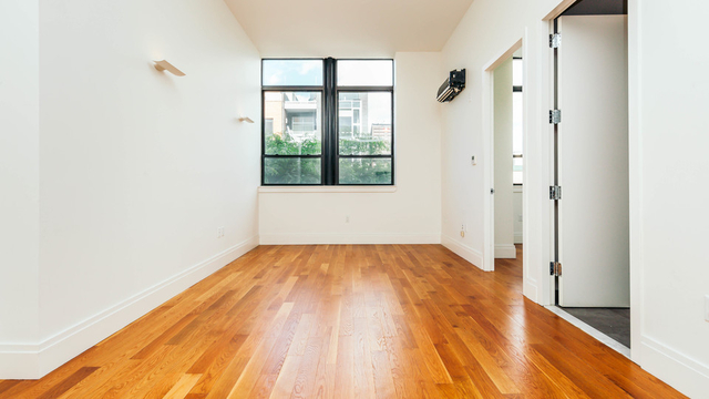2 Bedrooms, Williamsburg Rental in NYC for $3,595 - Photo 1