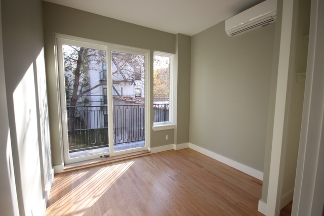 3 Bedrooms, Bedford-Stuyvesant Rental in NYC for $3,689 - Photo 2