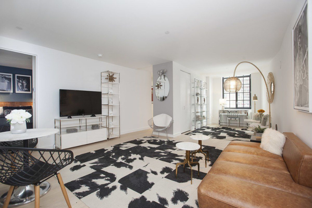 2 Bedrooms, Financial District Rental in NYC for $6,875 - Photo 2