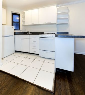 Studio, Sutton Place Rental in NYC for $2,520 - Photo 2