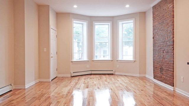 4 Bedrooms, Cypress Hills Rental in NYC for $2,800 - Photo 1