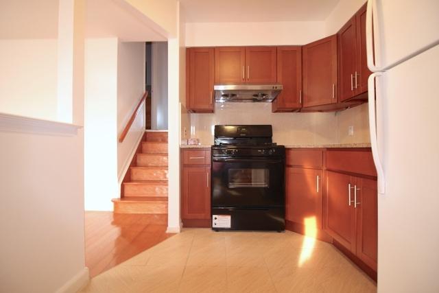 3 Bedrooms, Bensonhurst Rental in NYC for $2,300 - Photo 1