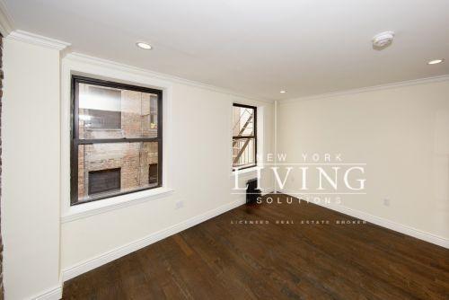 1 Bedroom, Alphabet City Rental in NYC for $2,704 - Photo 2