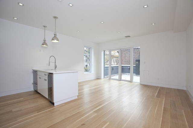 3 Bedrooms, Upper East Side Rental in NYC for $7,988 - Photo 2